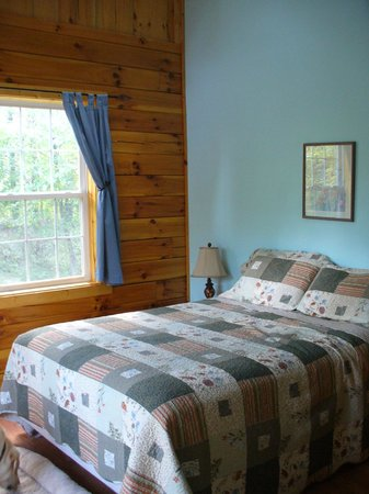 Springwood Cabins: Bedroom #2