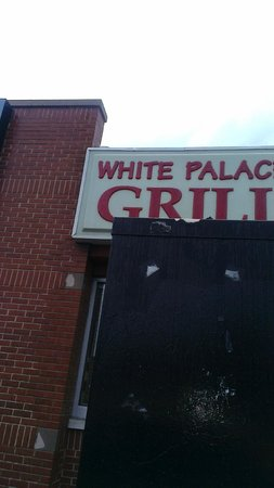 White Palace Grill : Signage