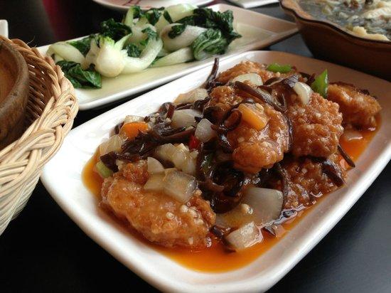 Royal Plaza Restaurant & Takeaway: they call it crispy tofu