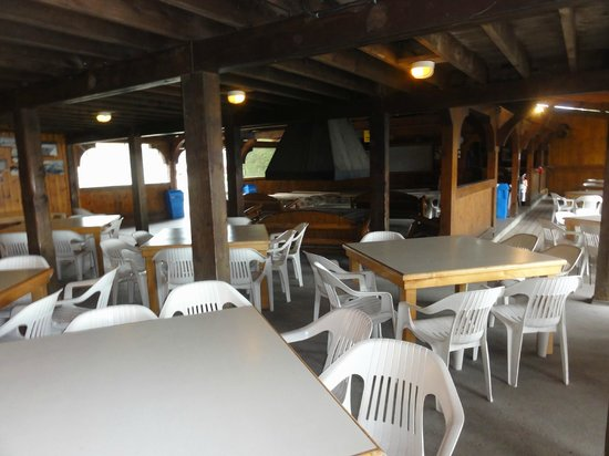 Owl Rafting (Ottawa Whitewater Leaders Rafting): Dining area