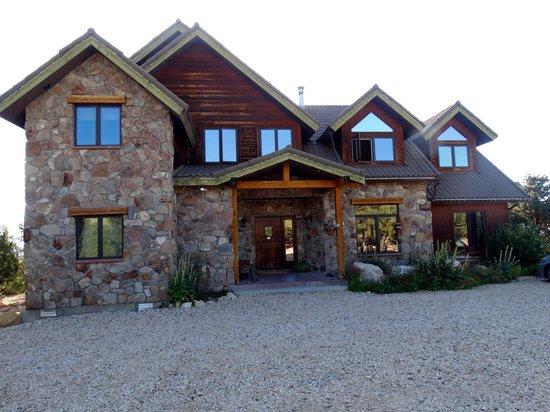 Stone Canyon Inn : The Inn