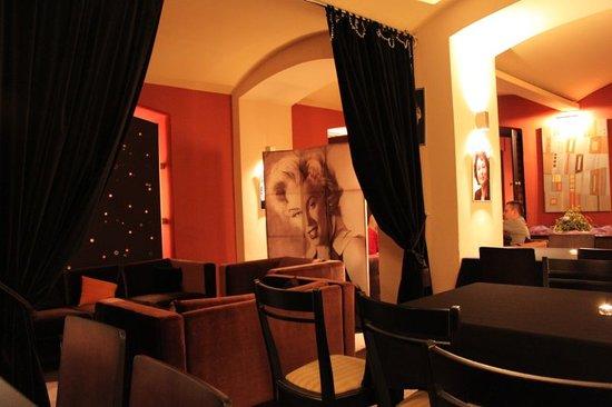 Cafe Foyer: Sala
