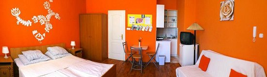 Budapest Budget Hostel : Standard double bed private ensuite