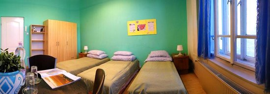 Budapest Budget Hostel : Standard 3 bed private