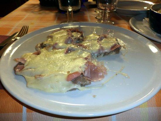 La Pineta: bistecca alla valdostana