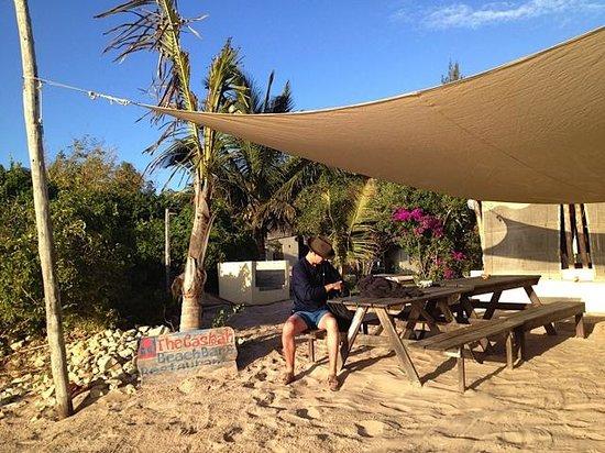 Casa Cabana Beach : Tables at the Casbah