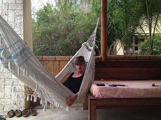 Casa Cabana Beach : Hammock on the patio of the room