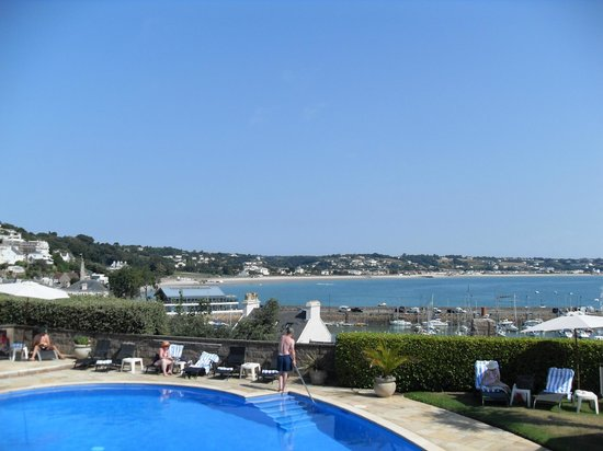 Somerville Hotel: View of St Aubin's bay from hotel pool area