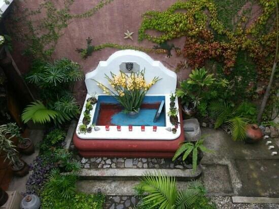 Hotel EuroMaya Suites: de opgedroogde fontein