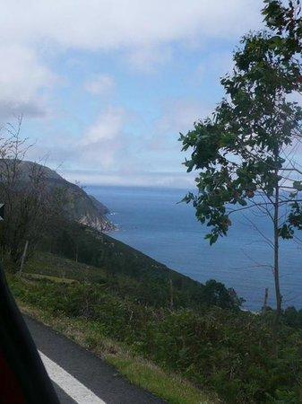 Los Acantilados Marinos Mas Altos de La UE: cliff view