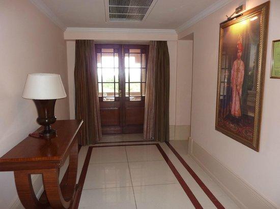 Umaid Bhawan Palace Jodhpur: Entrada Suite