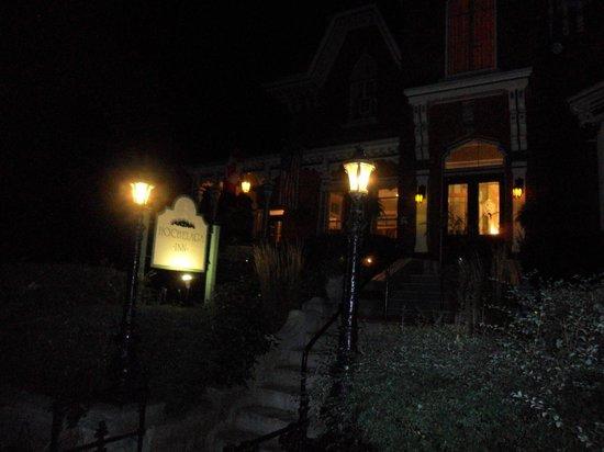 The Haunted Walk of Kingston: Haunted Hochelaga Inn, Kingston Haunted Walk
