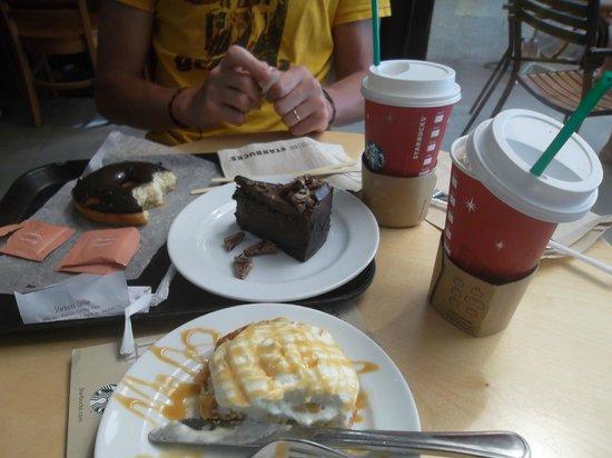 Starbucks: coffee&cakes