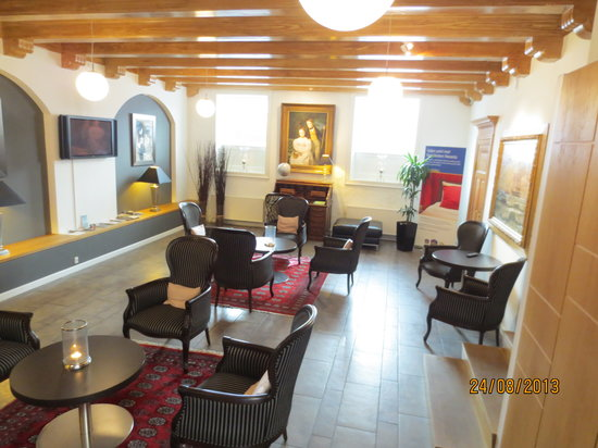 Best Western Hotel Hebron: Lounge