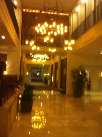 The Westin Pasadena: Lobby