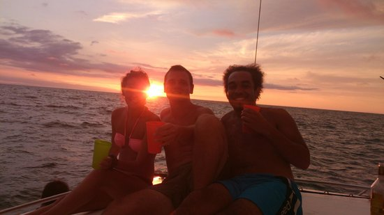 Sunset cruise organised by staff at Tamarindo Backpackers