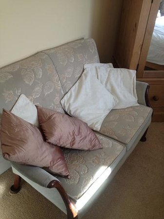 The Old Manse B & B: our own sofa!!!