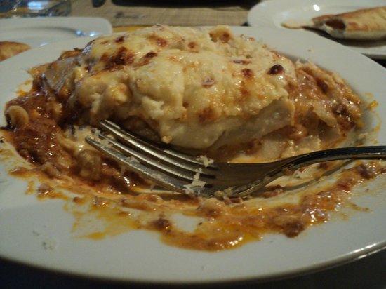 Rolandi's Pizzeria : Lucious Lasagna