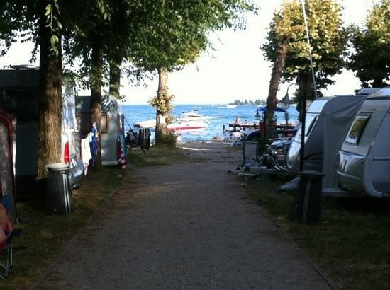 Camping Ideal Molino: Gleich am Wasser