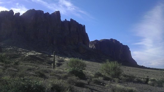 Approaching the Superstition Mountain Range from Lost Dutchman State Park.