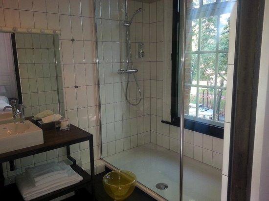 La Maison Theodore : salle de bain
