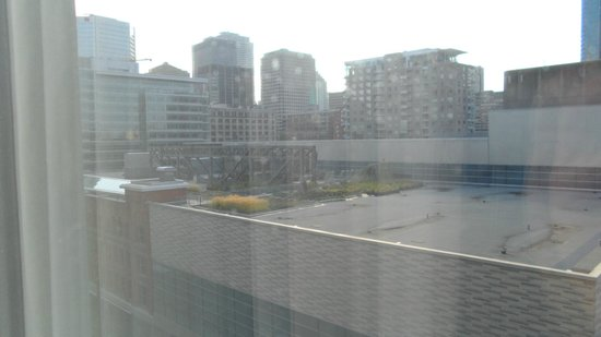 Embassy Suites by Hilton Montreal : View
