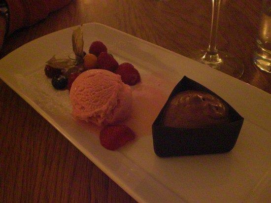 twentysix Cafe and Bistro Dartmouth : Pudding.