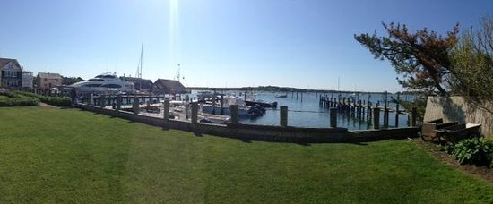 Harborside Inn: Panoramic view from Patio