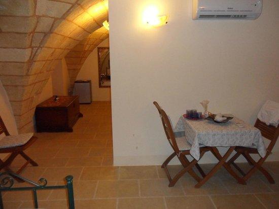 Palazzo Mellacqua: 1^ camera e corriodio