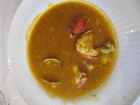 La Canasta: Caldereta de bogavante con arroz, 3 platos con este comí.