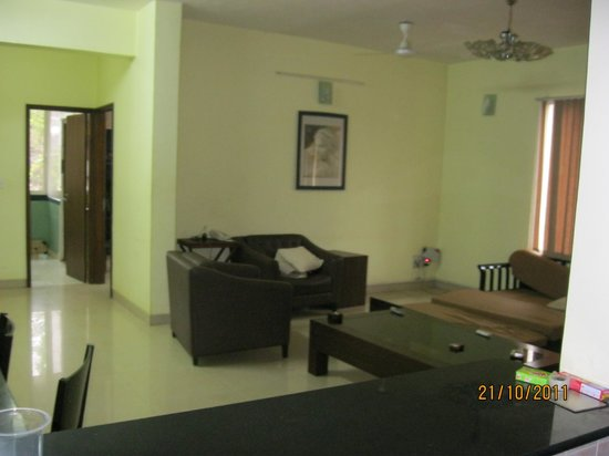 Amrita Towers: living area part from bedroom
