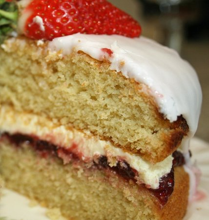 The Old Pump House: Home make cakes are a large part of what we do!