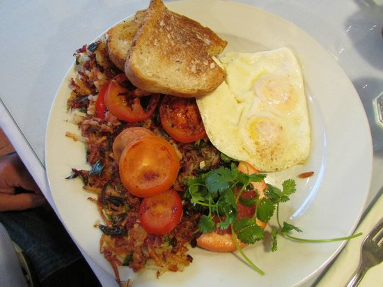 Sandpiper Cafe : corned beef hash