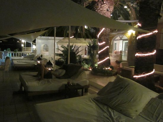 Vistabella : terrasse du blue bar