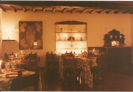 Monte Compatri, Italien: Un particolare della sala.