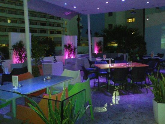 Dione Restaurant: dione bar