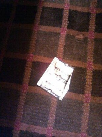Days Inn South Fort Worth: used condem wrapper from previous guest