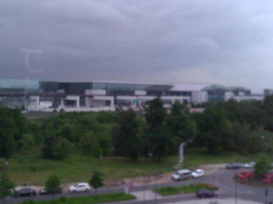 Frankfurt Airport View From The Room Picture Of Meininger Hotel Frankfurt Main Airport Tripadvisor