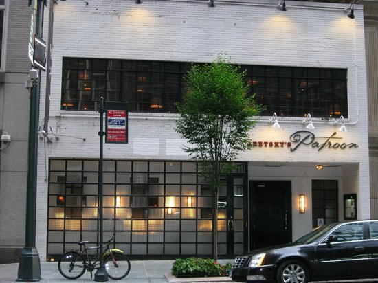 Aretsky's Patroon: Exterior - Front