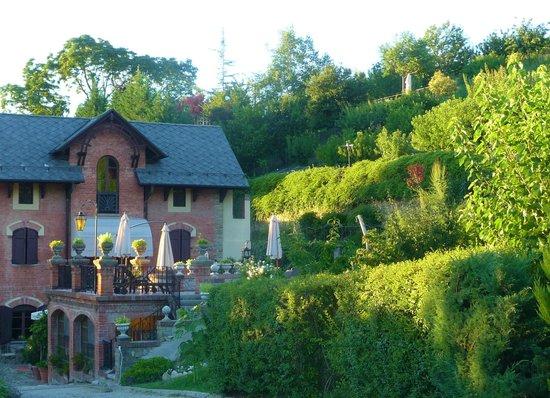 Tr dg rden picture of villa la favorita alba tripadvisor for Villa la favorita mantova matrimonio