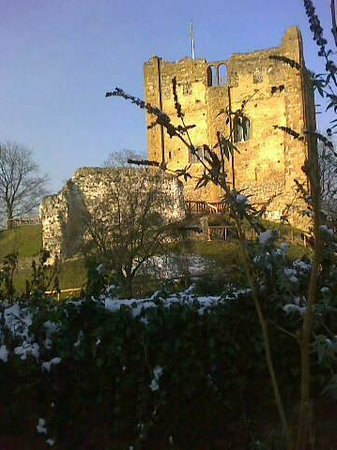 Guildford Castle: The castle in the snow