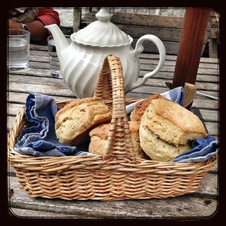 Docton Mill Gardens & Tea Rooms: Basket of scones