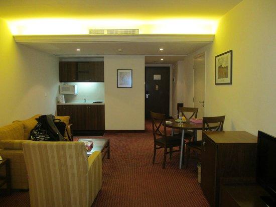 Markazia Suites: Room