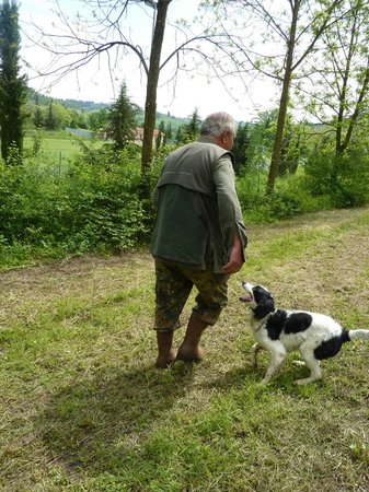 The Truffle Hunters, Salvatore & Billy the dog.