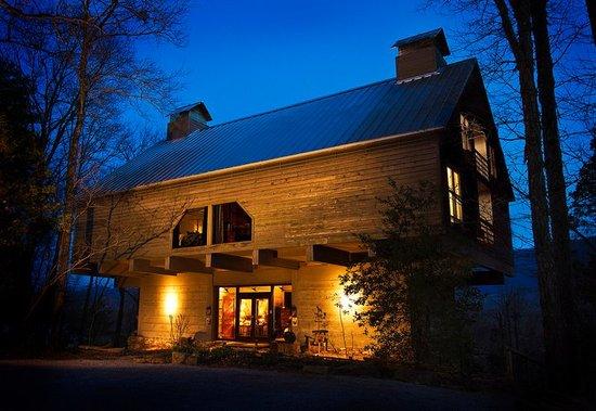Richmont Inn : A Smoky Mountain Haven