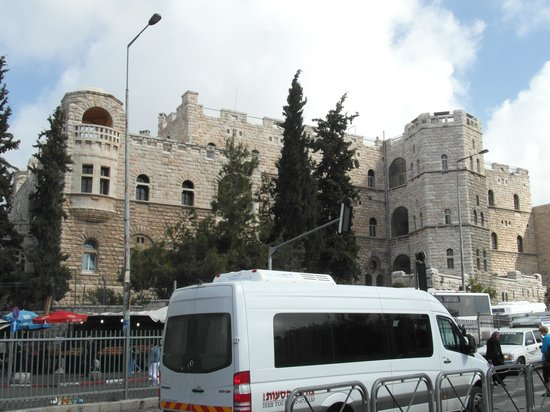 Paulushaus Guesthouse: photo taken from the Damascus Gate