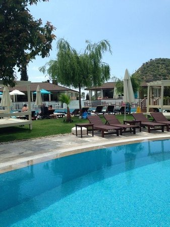 Mozaik Boutique Hotel Rooms & Apartments: Pool area