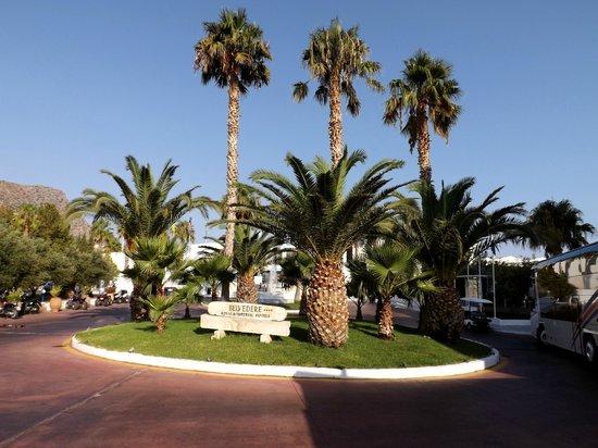 Royal Belvedere : plein voor hotel
