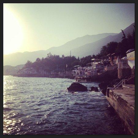Hera Hotel : heradan deniz cok güzel....