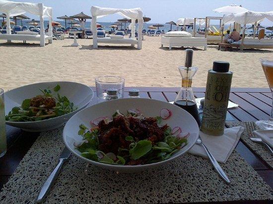 Sands Ibiza : Crispy Duck salad